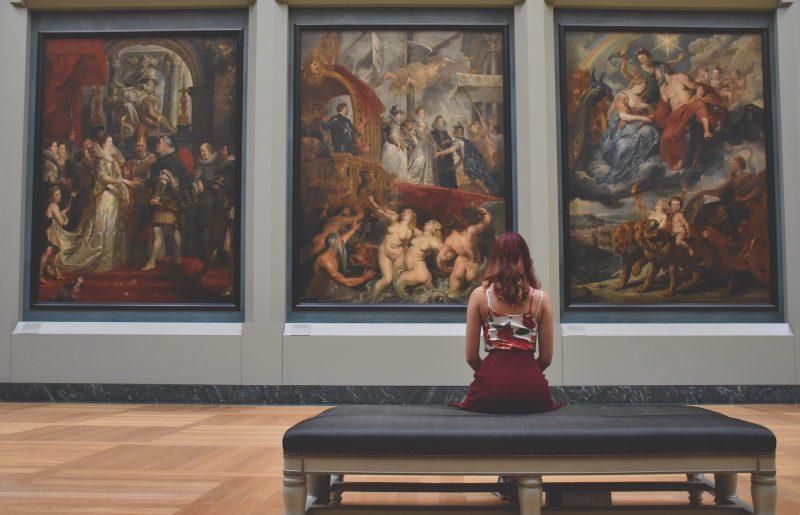למה חשוב להזמין מראש כרטיסים למוזיאונים ואטרקציות?